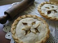 Apple Pie with Leaf Top crust
